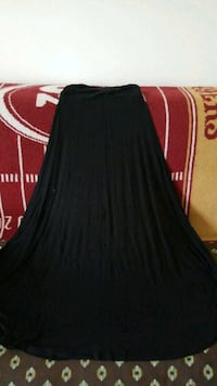 Body Central maxi skirt size L Springfield, 22153