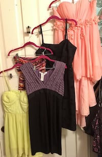 Women's assorted dresses (all size large)