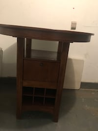 Solid maple/ bar table in perfect, clean shape  Toronto, M2N 4R7
