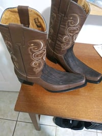 pair of brown leather cowboy boots Commerce City, 80022