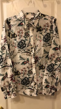 Ann Taylor Floral Blouse -small Vaughan, L4J 0A5
