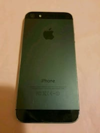 Iphone 5s unlocked v good condition Mississauga, L5B 1M8