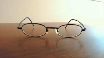 Glasses/Frames with case and cleaning cloth