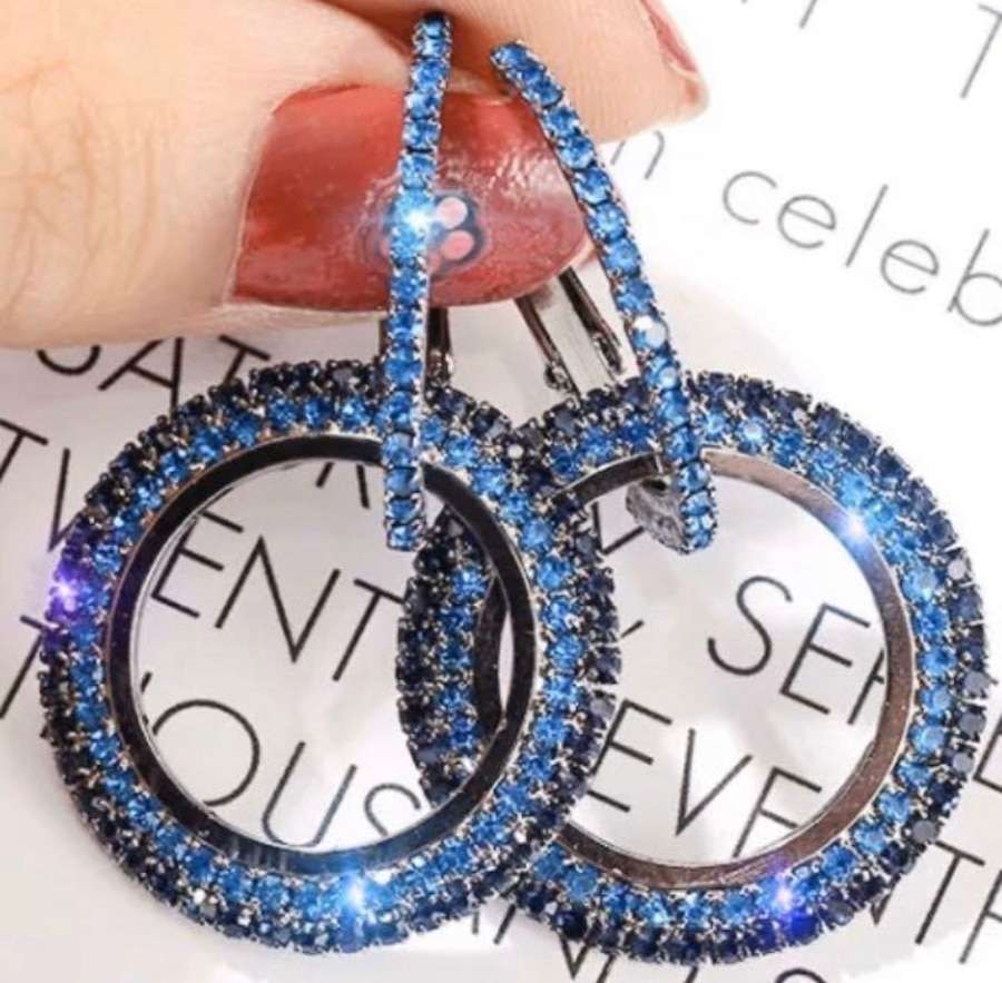 Photo Shiny blue Crystal Hollow Round Circle Earrings