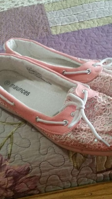 pink suede Maurices boat shoes