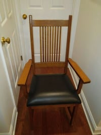 Mission Arm Chair with Leather Seat  Lancaster, 17601