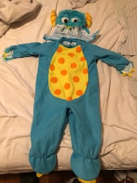 Monsters inc halloween custom for 1 year old. Only worn once bought it brand new at party city. In excellent condition  Brampton, L6P 0V9
