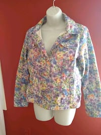 Floral pastel Jean jacket size Medium  Cloverly