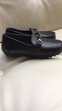 Pair of black leather loafers Pikesville, 21208