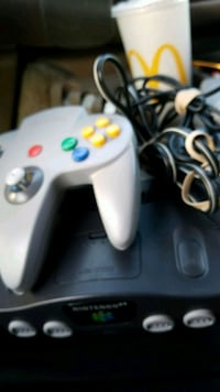 Nintendo 64 system with controller and cords Yorkville, 60560