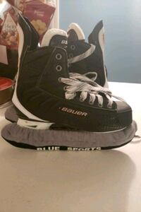 Hockey skates - size 9.5 Vaughan