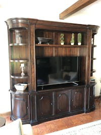 Brown wooden tv hutch (TV/shelf items NOT included) Johnstown, 15905