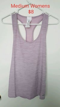 Tank top medium womens  Calgary, T2B 1V4