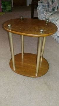 Beautiful oval side table Tampa, 33616