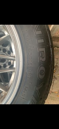 Bran new wheels only on my car for a month 15inch rims