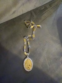 gold-colored and black pendant necklace Philadelphia, 19124