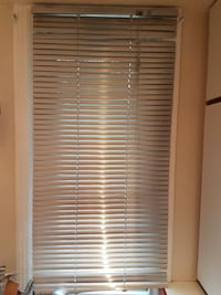 Set of 2 Stainless window blinds Montreal, H4H 2R4