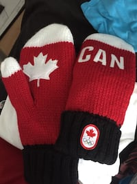 Olympic Canada Mittens Never Worn Laval, H7M 4S2