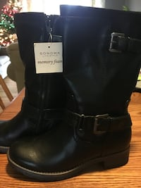 pair of black Sonoma leather side-zip wide-calf biker boots