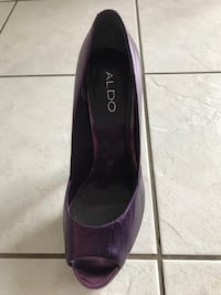 pair of purple platform stilettos Barrie, L4N 0K4