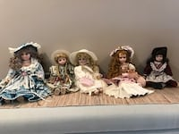 5 pieces of assorted porcelain doll