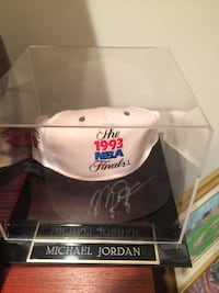 Autographed Michael Jordan hat Chicago
