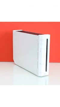 Nintendo Wii console only,wii mod service available, copy games on USB