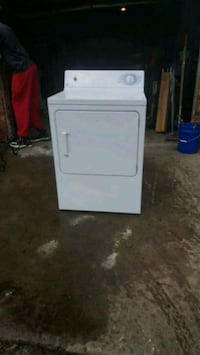 G.E. EXTRA LARGE ELECTRIC DRYER