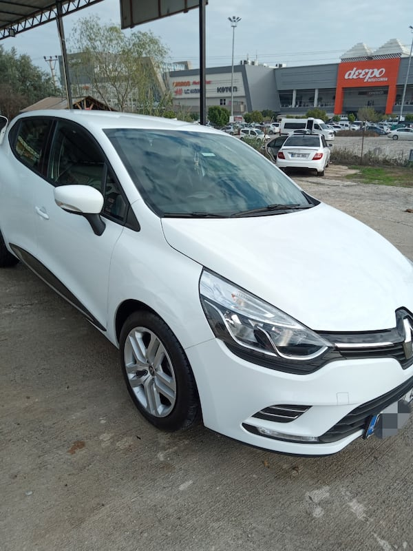2020 Renault Clio CLIO TOUCH 0.9 TCE 90 HP 801bcfb9-5319-4450-8aa8-b1e93bdb0c35