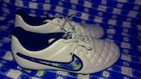 Nike cleats for women size 6. New. Firm price. Alexandria, 22304