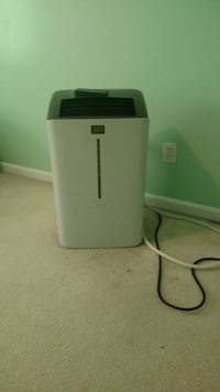 IDYLIS stand up Air-conditioner Works Great ! Carolina Beach, 28428