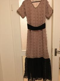 A Khaleeji dress long with a belt. No return. Gothenburg, 418 37