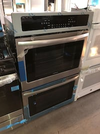 Frigidaire 30in electric double wall oven electric new 6 months warran