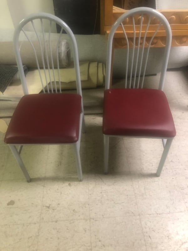 Cafe chairs f4b9736d-7d90-468e-bed4-8e4215f6becf