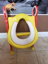 Kids toilet seat with stool