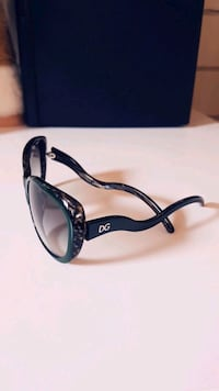 Authentic DOLCE&GABBANA Sunglasses Winnipeg, R3J 3A1