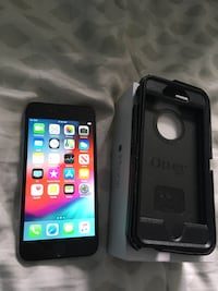 Unlocked apple iPhone 6 with box and otter box case Calgary, T3L