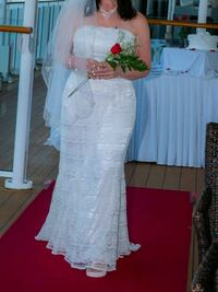 Wedding dress and accessories 4 sale