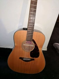 brown and black dreadnought acoustic guitar Dallas, 75238