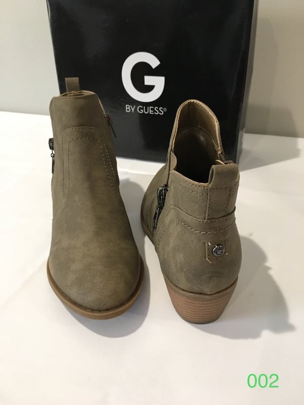 TROYE MEDUIM NATURAL 8M by GUESS 1cebb28e-4918-4adc-adf0-0a4a78f958d6
