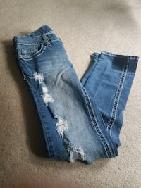Size 5 Jeans ALL for $20 Calgary, T3A 2H3