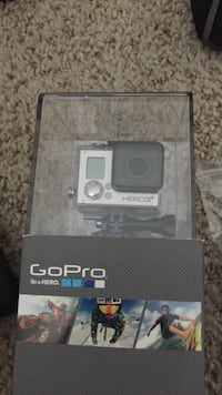 GoPro hero 3+ silver w/ carrying case and 9 mounts