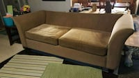 Sleeper sofa with matching love seat Youngsville, 70592