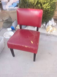 red and black leather padded chair El Paso, 79915