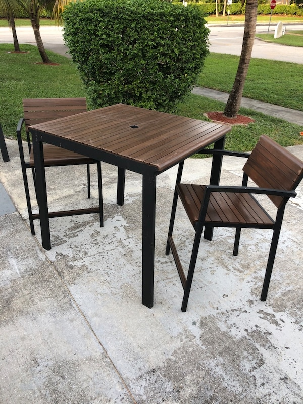 Used High Top Outdoor Patio Table For