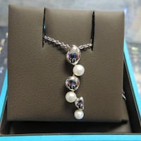 BIRKS PEBBLE DROP NECKLACE IN STERLING SILVER WITH PEARLS Calgary