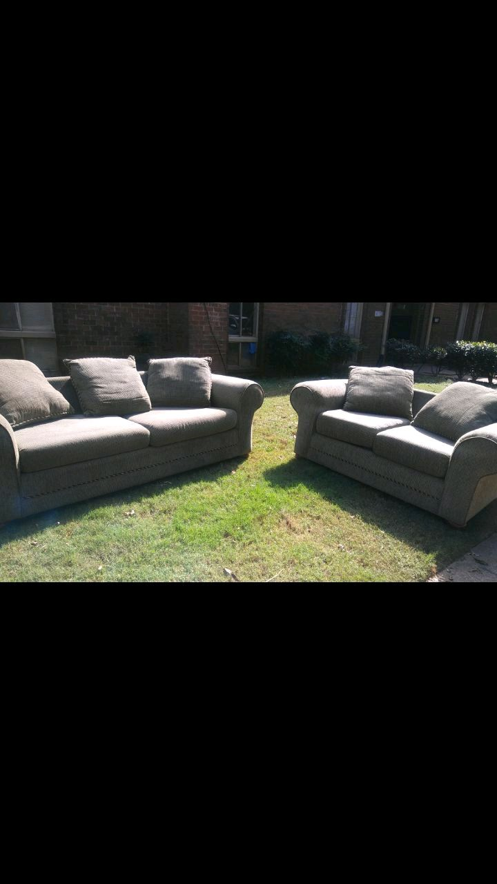 Bon Brand New Hillcraft Sofa/love Seat