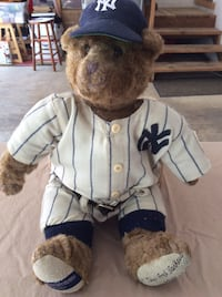 white and blue New York yankees dressed bear plush toy.  Collector Bear.  #183 of 500 Oregon City, 97045