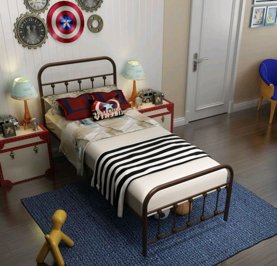 Photo Temmer black metal bed frame with head board