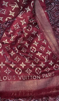 Louis Vuitton wool scarf LV monogram red/gold Surrey, V3T 5S2